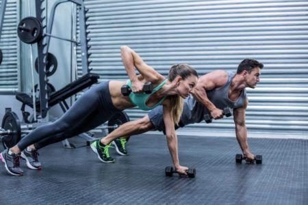 Фитнес тренировки: смена напарника позволяет достигать большего
