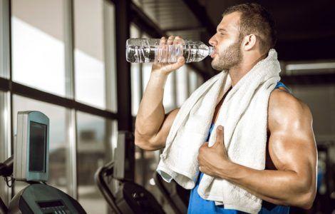 Нужно ли пить воду до, во время и после тренировки